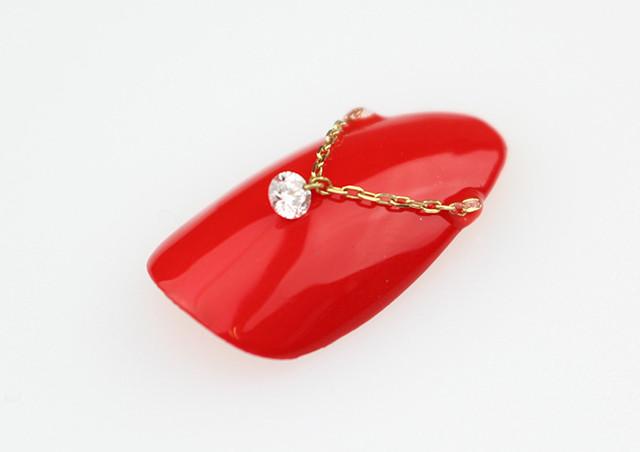 ダイヤのネイルチップをお探しなら~ブライダルにおすすめの作品をご案内~